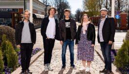 Elisa Viihde panostaa kotimaiseen draamatuotantoon: Antti Tuomaisen bestselleristä alkuperäissarja